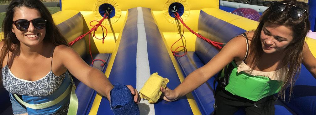course de tir à l'élastique jeux gonflables lyon